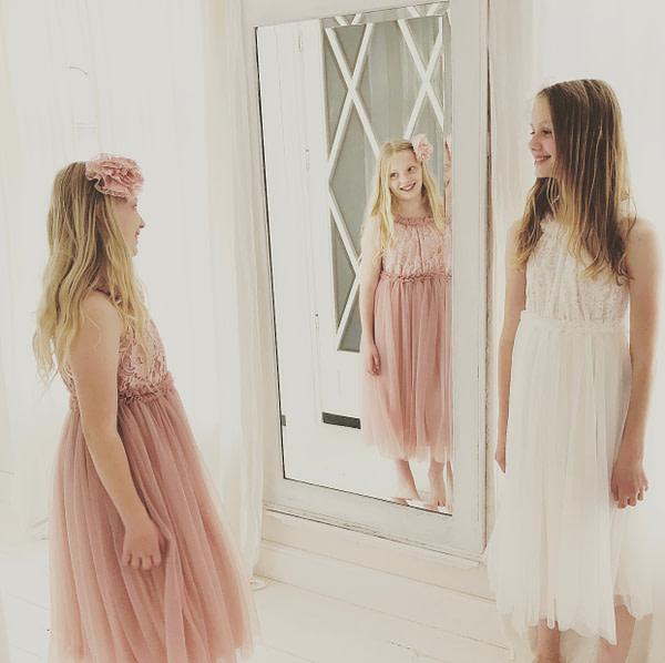 dlhé ružové tutu šaty