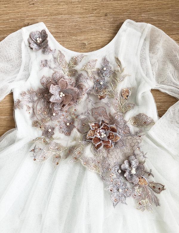 tutu šaty detail