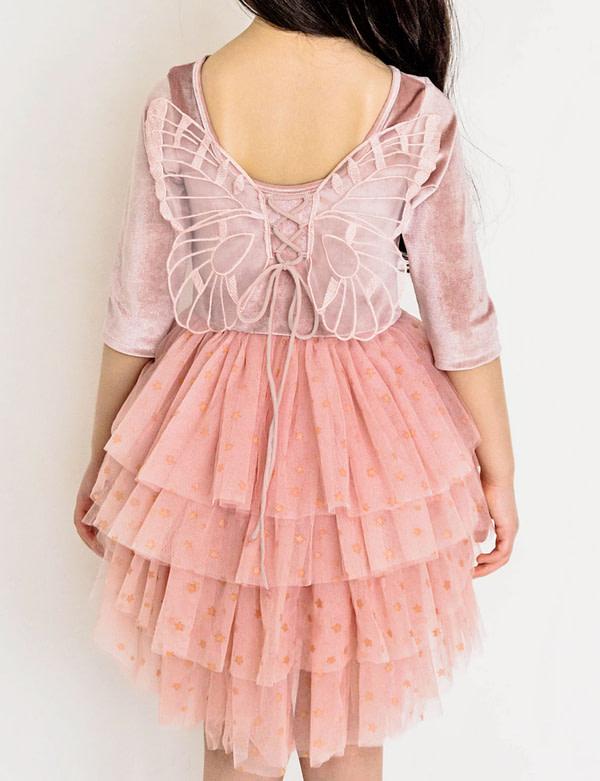 ružové tutu šaty s motýlými krídlami