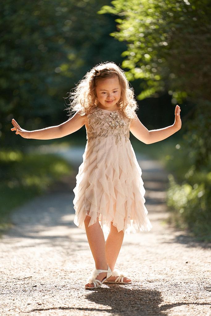 6-ročná Bibka v smotanových tutu šatách Luna Luna Meadow