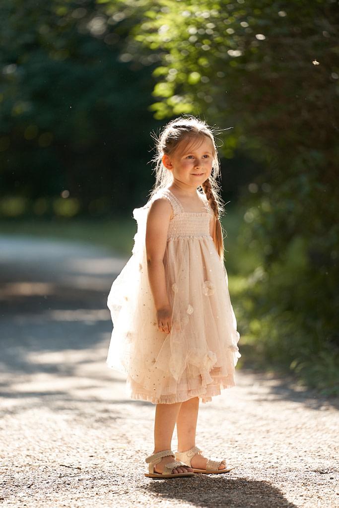 4-ročná Tatianka v smotanových tutu šatách Luna Luna Cloude
