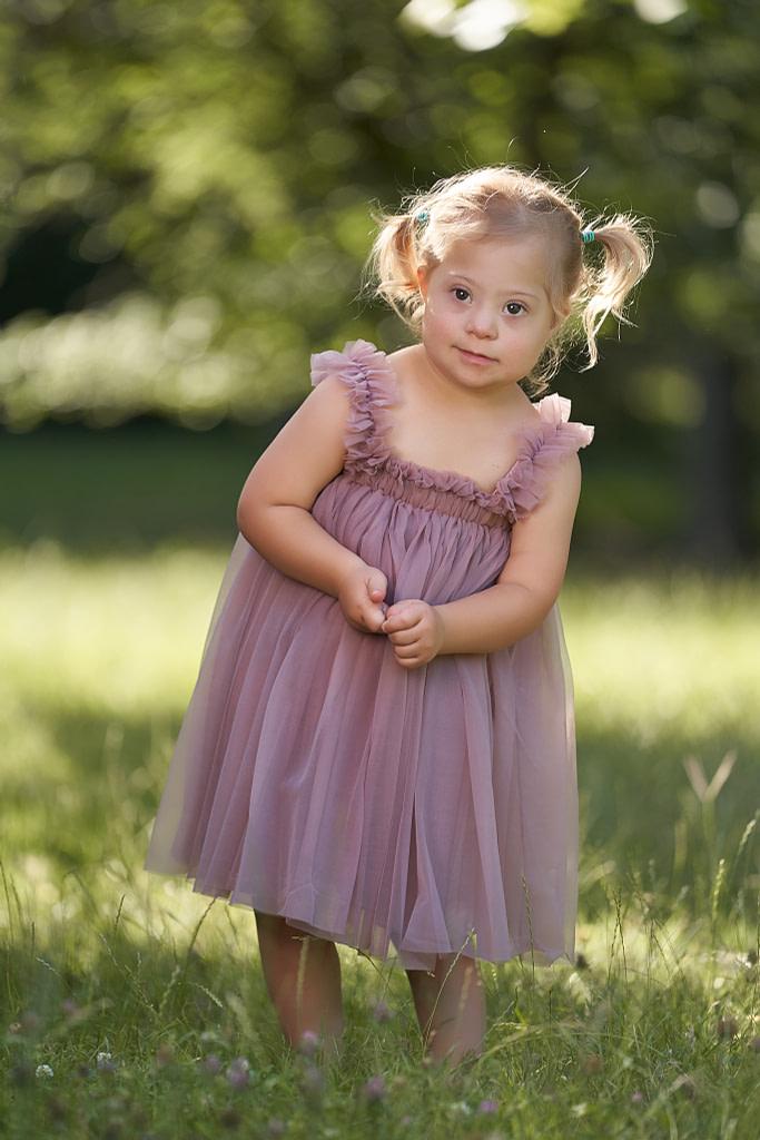 3-ročná Marienka vo fialových tutu šatách Beach Ballerina